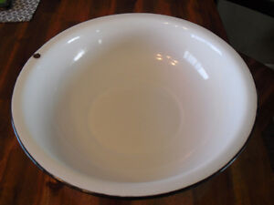 Large Vintage Antique White Porcelain Enamel Dishpan Wash Basin