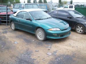 1999 chev caviler convertible good cond