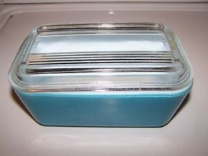 Mid-Century Pyrex Blue Glass Refrigerator Dish and Lid