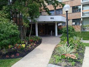 Victoria Park & O'Connor, 4 Br, 2 Baths, 1 Locker,1 parking spot Kitchener / Waterloo Kitchener Area image 1