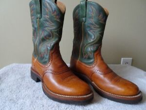 Ariat brand Mens Heritage Crepe soled cowboy boots