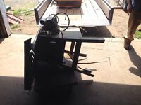 Rock well table saw