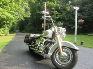 2009 Harley Heritage classic awesome looking motorcycle  11,900