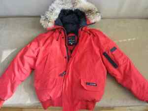 Canada Goose Authentic Chilliwack Bomber Down Parka