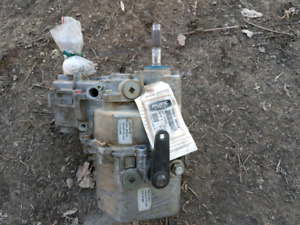 2008 rzr 800 transmission for parts