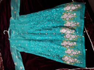Latest Pakistani dresses for sale