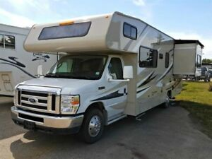 2016 Coachmen Leprechaun 260RS Ford