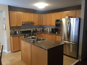 Room for rent in big barrhaven townhouse