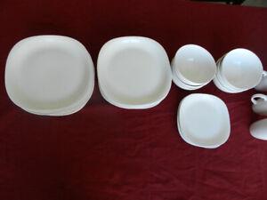 ensemble de vaisselle - assiette, bol, tasse