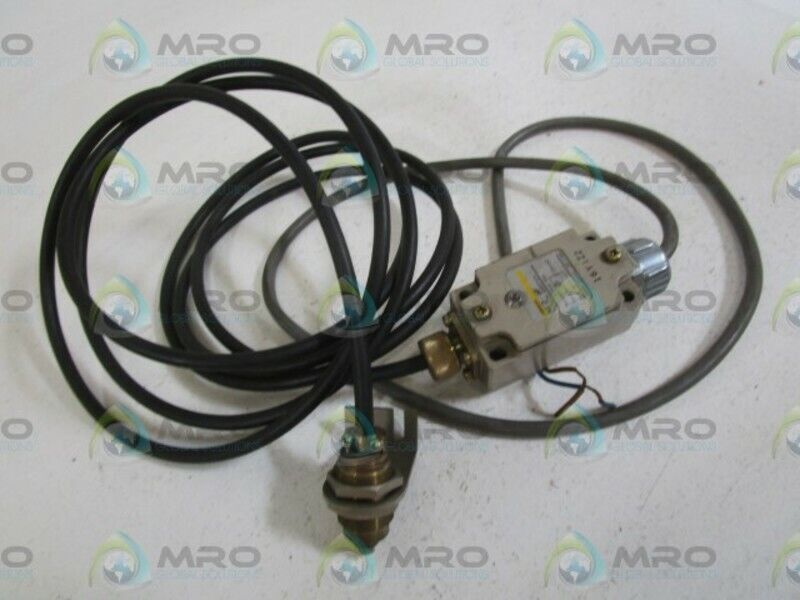 OMRON TOUCH SWITCH NL2-SP *USED*