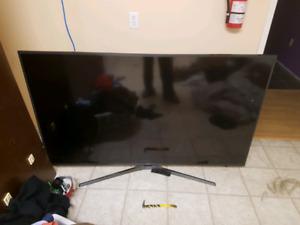 "70"" Samsung 4k smart tv broken screen"