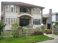 Homestay available NOW with private bath  (NEAR LANGARA)