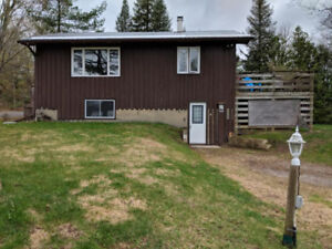 Great 4 season getaway or investment property!