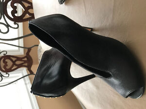 Real learther booties by Halogen London Ontario image 2