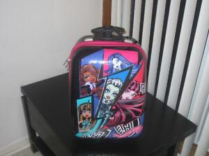 2 kids school bags / travel bags on wheels