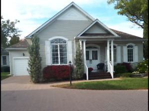 36 Silverbirch Blvd. OPEN HOUSE - SUN Oct. 20th 2-4pm.