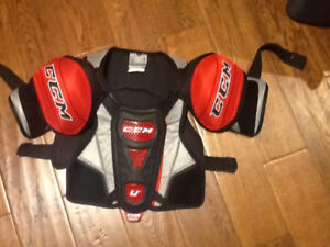 CCM hockey shoulder pads