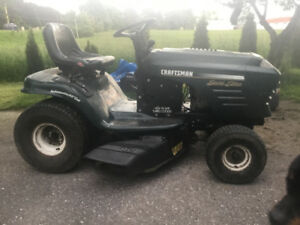 Riding lawn mover