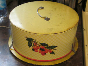 Larger Vintage Cake or Pie Carrying Container or Box