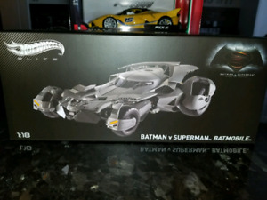 SOLD 1:18 Diecast Hot Wheels Elite Batman vs Superman Batmobile