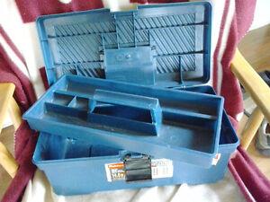 Coffre petits outils bleu