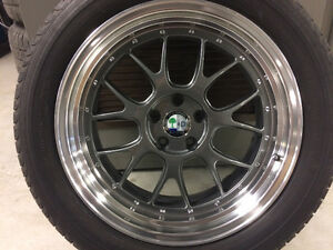 """BBS LM - R 19"""" Staggered $800 AMG center caps"""