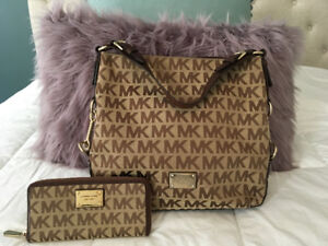 Brown monogram Michael Kors leather tote bag & wallet