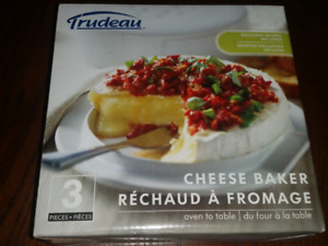 Brand new Trudeau Cheese Baker