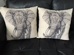6 new throw pillows Kitchener / Waterloo Kitchener Area image 1