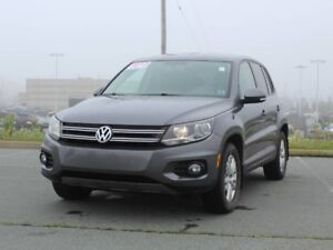 2013 VOLKSWAGEN TIGUAN Trendline with Heated Seats!!