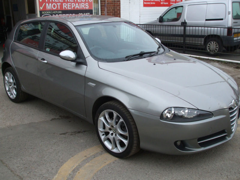 alfa romeo 147 1 9 jtdm sport diesel 5 door hatch in stunning condition in netherfield. Black Bedroom Furniture Sets. Home Design Ideas