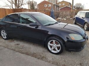 2004 Nissan Altima SE  **4 cylindres**full**cuir**Toit**