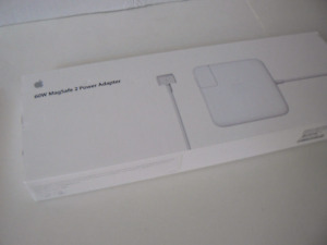 Apple 60W MagSafe 2 Power Adapter MacBook Pro with 13inch Retina