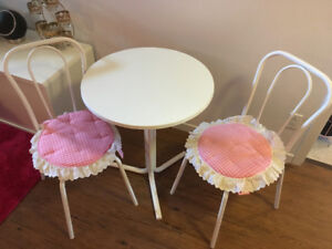 Petite table et chaises pour 2 vintage made in england
