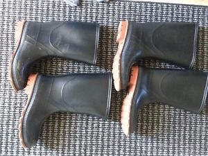 Boys Rubber Boots Kitchener / Waterloo Kitchener Area image 1