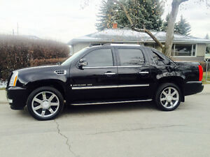 2008 Cadillac Escalade EXT Fully Loaded Pickup Truck