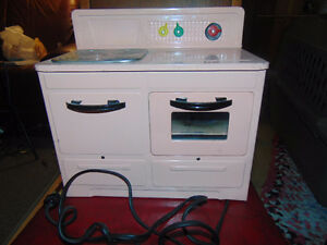 STOVE CHILDS PINK WORKS 6 BY 12 INCHES EMPIRE
