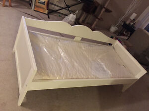 Like new CHILD'S BED and MATTRESS