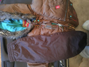 Manteau d'automne pantalons inclus, Marque deux par deux, 2 ans