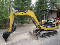 Cat 302.5 6000 pounds excavator low hrs great deal