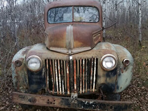 1946 ? Ford  truck cab and chassis