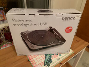 LENCO USB turntable record player tournedisque 130 neuf new