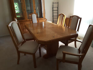 Solid oak dining table & six chairs, buffet & china cabinet
