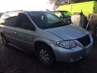 2005 Chrysler Voyager 3.3 petrol auto / BREAKING ALL PARTS AVAILABLE