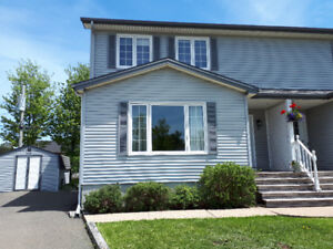 Semi detached House Moncton North End