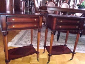 2 vintage Bombay night tables