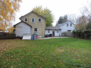 close to schools and downtown - Mitchell Stratford Kitchener Area image 16