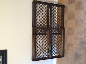 Evenflo memory fit baby gate !