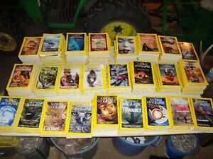 450+ National Geographic Magazines