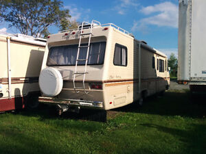 1983 Arrowspace 33 Foot Motorhome for Sale / Trade Cornwall Ontario image 3
